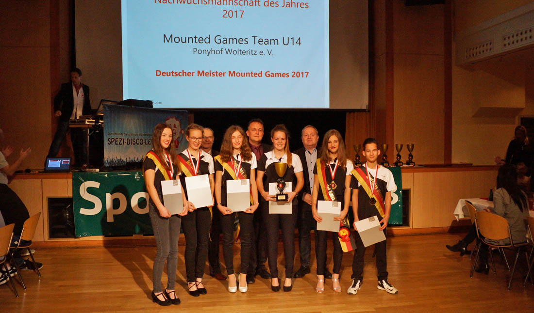 Mounted-Games-Team-Wolteritz-Sportlerehrung2017